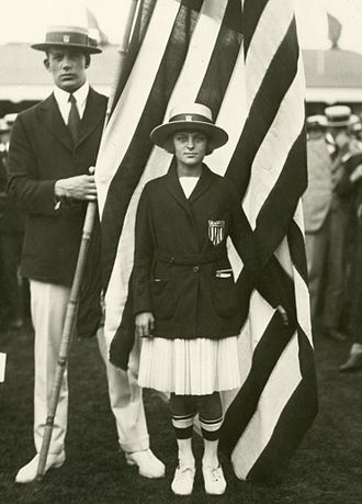 Aileen Riggin 1920_wikipedia