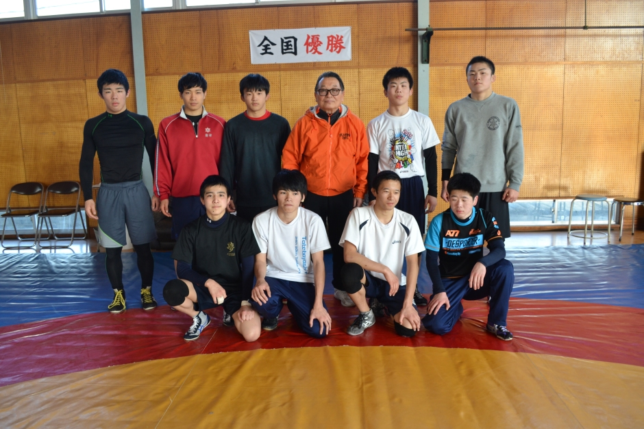 Obata with the Tatebayashi HS wrestling team