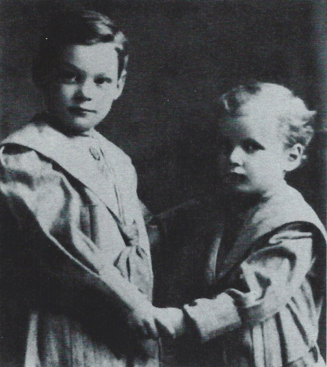 Johnny Weissmuller with brother Peter, ages 3 and 2
