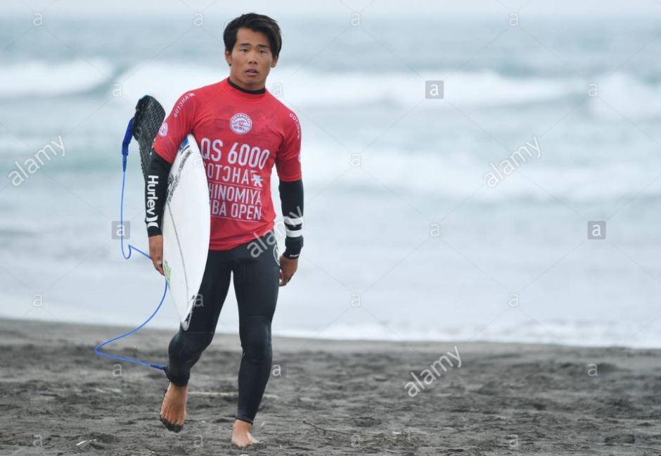 Ichinomiya surfing alamy